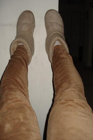 tan sweater slipper Airwalk boots - light brown Ocean State Job Lots leggings