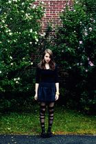 Theory top - Topshop skirt - Urban Outfitters tights