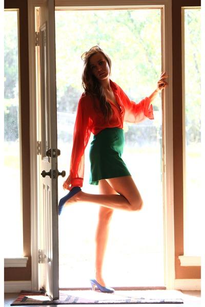 carrot orange cateye Chloe sunglasses - blue satin pumps whhttt vintage heels -