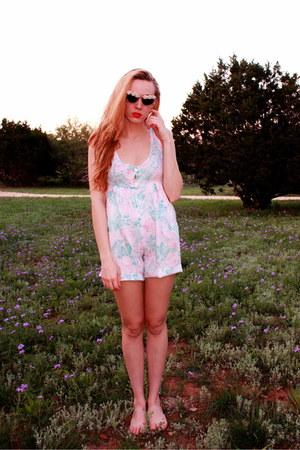 aquamarine vintage romper - pink vintage sunglasses
