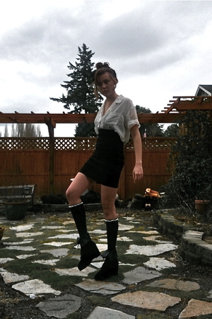 white shirt - black skirt - black stockings - black shoes - black