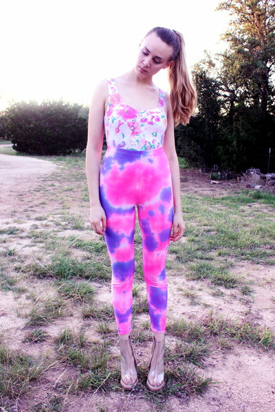 tie dye American Apparel leggings - 80s floral vintage bodysuit