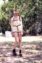 dark brown vintage whhttt boots - mustard vintage whhttt hat