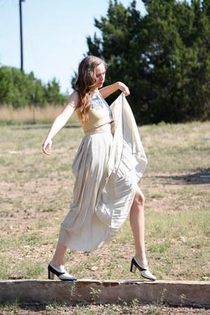 black whhttt shoes - ivory whhttt vintage skirt - beige whhttt vintage top