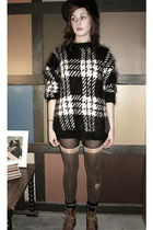 brown vintage hat - black Urbanxchange sweater - black  tights - gray  socks - b