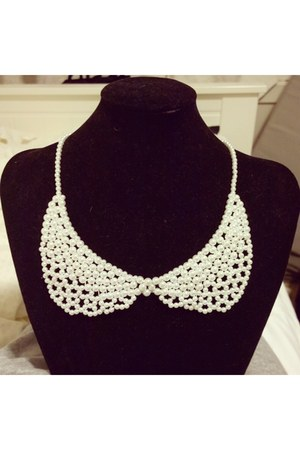 white DIY by Me necklace