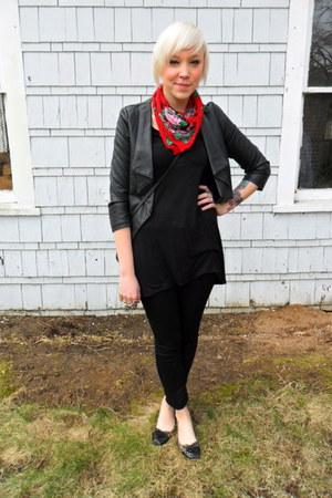 black skinnies Gap jeans - black cropped Forever 21 jacket