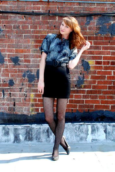 black modcloth dress - black vintage belt - gray vintage shoes