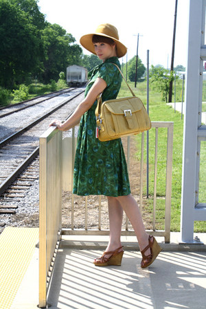 green vintage dress - mustard vintage hat - mustard vintage bag - tawny Steve Ma