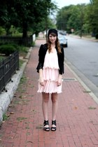 light pink romwe dress - black hat - black Mousevox Vintage jacket