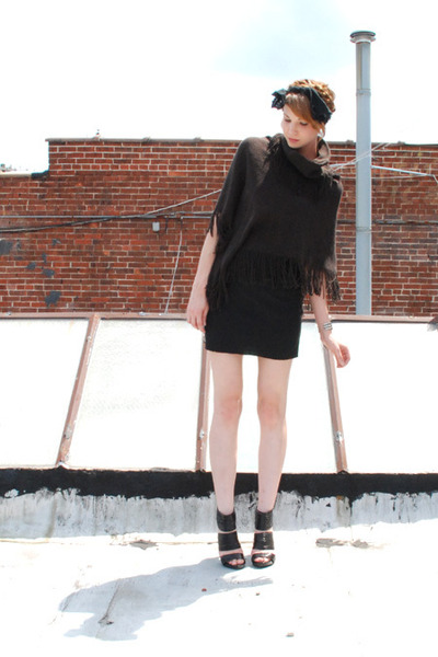 black American Apparel skirt - brown vintage sweater - black Chinese Laundry sho