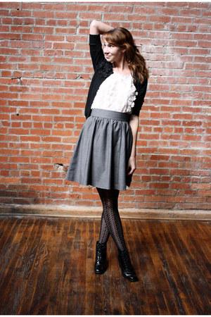 black vintage boots - light pink H&M shirt - black Target tights - heather gray
