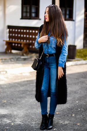 black deezee shoes - navy Zara jeans - blue Zara shirt - black Lucluc sunglasses