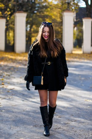 black Czas na buty boots - black Sheinside coat - black Choies bag