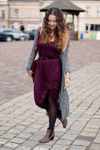 brick red H&M dress - dark brown Papilion shoes - charcoal gray Primark sweater