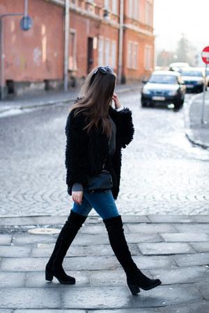 black deezee boots - black Sheinside coat - blue Zara jeans