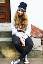 black New Yorker hat - black H&M leggings - black Converse sneakers