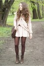 Light-pink-sheinside-sweater-light-pink-stradivarius-skirt