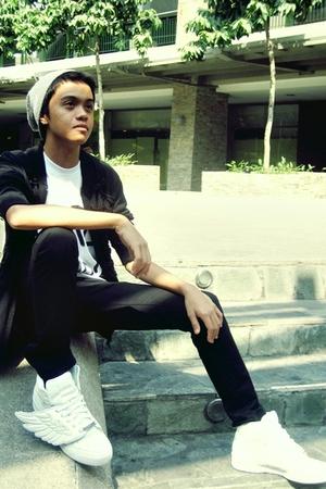white DIY t-shirt - white Adidas JS Wings shoes - black F&H jacket - black F&H j