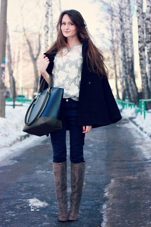navy Zara jeans - gray Yoox boots - black Zara bag - beige Zara sweatshirt