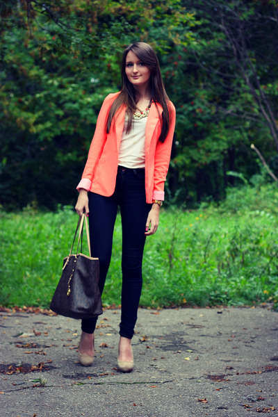 light orange oversized VANCL blazer - beige suede Zara shoes