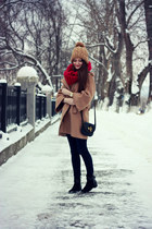 maroon knitted reserved scarf - black suede Zara boots - tan wool Zara coat