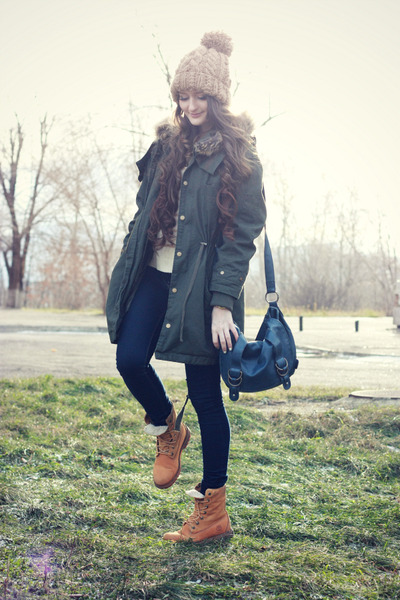 navy skinny asos jeans - tawny suede Timberland boots