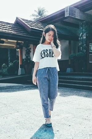 white hersheys top - bought online pants