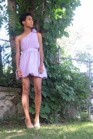 light purple dress - beige GoJane pumps