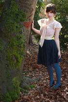 pink H&M top - beige Forever 21 belt - blue Forever 21 dress - blue HUE tights -
