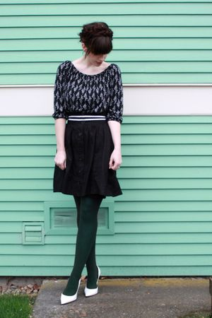 black Urban Outfitters shirt - white Guess shoes - green American Apparel tights