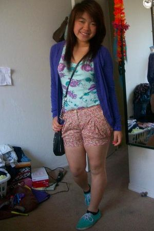blue Wetseal shirt - purple Forever21 cardigan - pink MaxRave shorts - black Cha