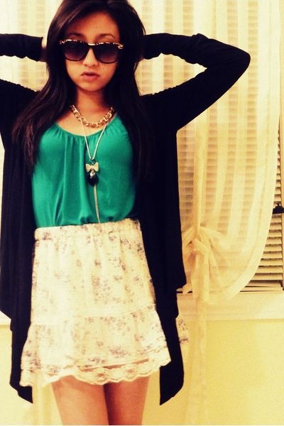 Forever21 top - H&M skirt - H&M sweater - Skirt necklace - Forever21 glasses