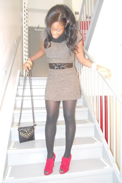 gray strawberry dress - Charlotte Russe shoes - black H&M purse