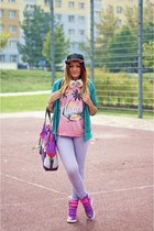 purple Puma bag - forest green cropp hat - hot pink Puma sneakers