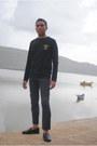 Human-orig-t-shirt-navy-linen-pant-munir-khamker-pants-munir-khamker-loafers