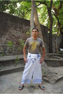 Munir-khamker-pants-cotton-t-shirt-t-shirt-slippers-adidas-flats