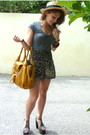 Gray-cotton-on-t-shirt-black-valleygirl-shorts-beige-temt-hat-yellow-bag-