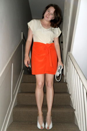 orange tba dress - gray Chanel bag - white Chloe shoes