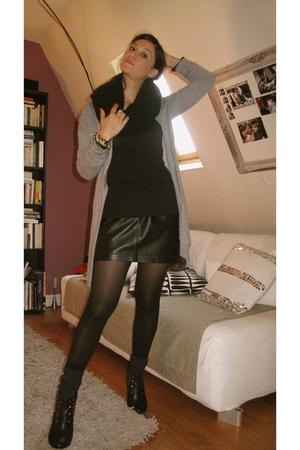 Promod jacket - H&M scarf - Maje skirt - Loeuf shirt - H&M socks - Moow shoes