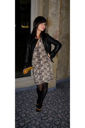Zara shoes - Serge Pariente jacket - Et Vous dress - Mango purse