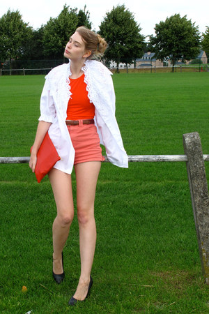 red American Apparel top - white vintage shirt - red American Apparel bag