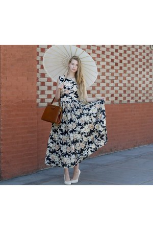 navy vintage dress - brown vintage bag