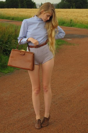 violet vintage shorts - blue olive des olives blouse - brown American Apparel be
