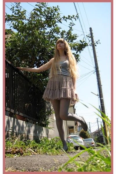 Newlook top - store in harajuku skirt - Mighty socks Harajuku stockings - on the