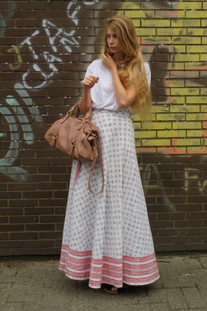 white American Apparel t-shirt - light pink Miu Miu bag - ivory vintage skirt