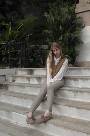 camel American Apparel shoes - white American Apparel shirt - nude vintage vest