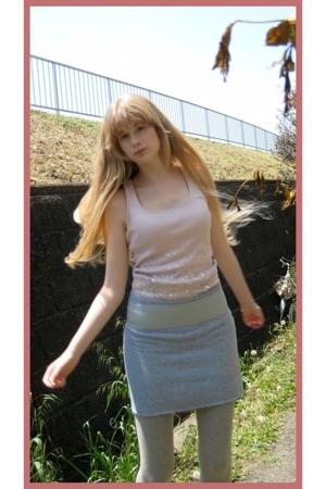 H&M top - handmade skirt - H&M belt - Muji leggings