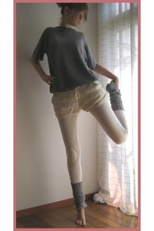 vintage t-shirt - Milkfed shorts - H&M leggings - handmade socks
