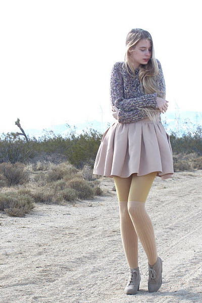 beige Zara skirt - light purple vintage sweater - tan American Apparel tights